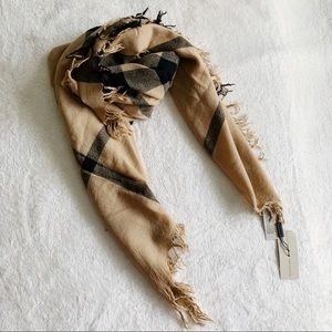 NWT Authentic Burberry Check Large Wool Wrap Scarf